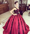 Cheap Black Lace Appliques Burgundy Evening Dresses Sexy V Neck dubai Arabia Evening Party Gown Floor Length Puffy Prom Dress