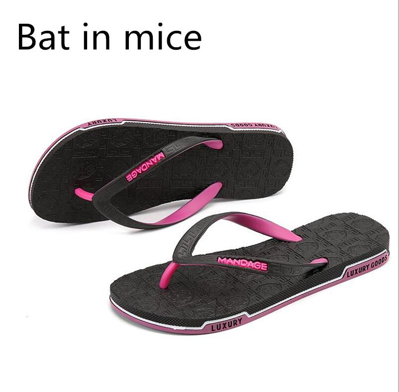 Bat in mice Summer Slippers Flip Flops Couples slippers beach shoe bathroom with a splint fashion casual men shoes lanshulan bling glitters slippers 2017 summer flip flops platform shoes woman creepers slip on flats casual wedges gold