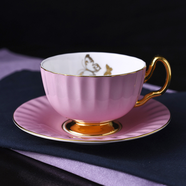 English Style Ceramic Coffee Mug Saucer Originality Pleated Solid Color Phnom Penh Butterfly Fine Bone China Cup Set