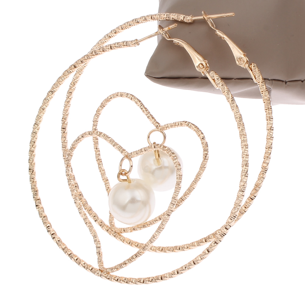 Fashion Elegant Round Crystal Heart Hollow Shape Hoop Earrings For Wome  Loop Earrings Party Plastic Pearl