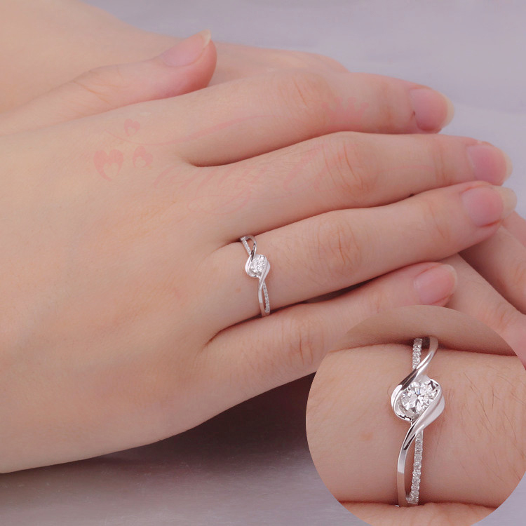Luxury Quality 0 22carat 18k White Gold Ring 5carat Effect Engagement Wedding For Women Anniversary In Rings From Jewelry Accessories On