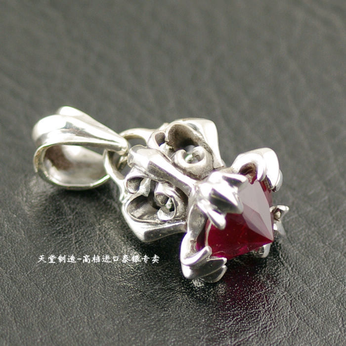 Thailand imports, imports of Silver Red Zircon Pendant thailand imports skull blood new skeleton silver ring