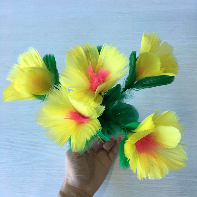 Miracle Flower Feather Flower Magic Tricks Stage Magic Accessory Gimmick Toys Free Shipping