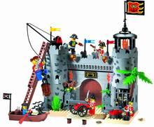 啓発するビルディングブロック海賊とロイヤルガードバトル城 366 個 (なし元の梱包箱)