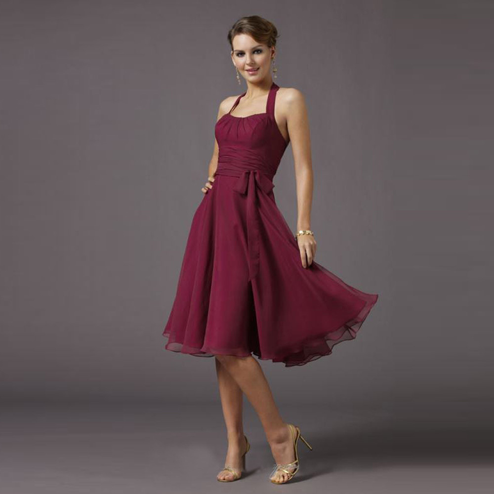 Cheap wine red short bridesmaid dresses 2017 knee length dress cheap wine red short bridesmaid dresses 2017 knee length dress with bow sashes halter vestidos de madrinha bd007 in bridesmaid dresses from weddings ombrellifo Images