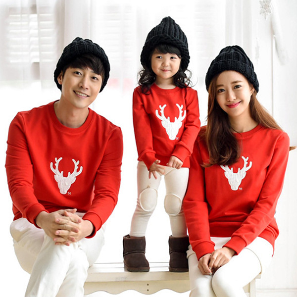 aeee04b935 2016 New Family Matching Outfits Mom/Dad/Baby Stripe Long Sleeve Cotton T  shirts spring/autumn Christmas deer Family Clothing-in Family Matching  Outfits ...