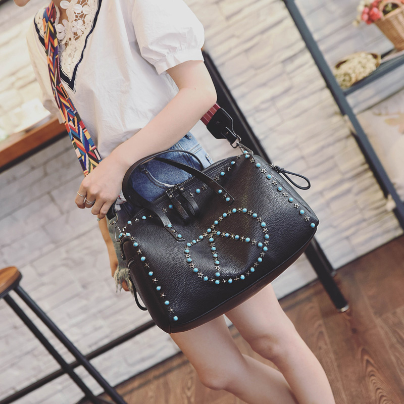 ФОТО Black/White Designer Women Tote Bag Rivets Casual Shopping Tote Bag With Purse Luxury Simple Shoulder Bag  Handbag