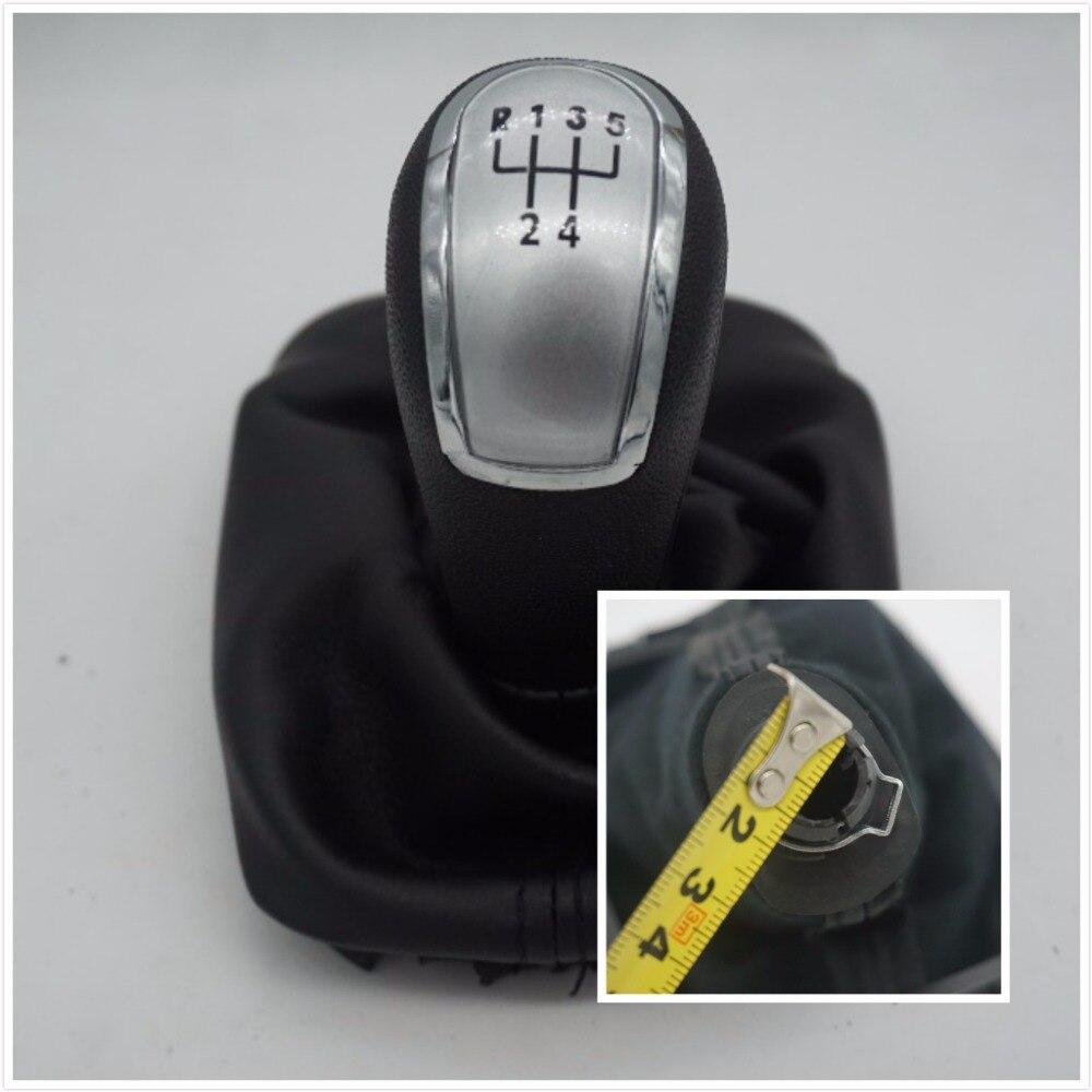 Doprava zdarma 5 rychlostní knoflík řadicí páky do auta s černým bootem pro Škoda Fabia 2000 2001 2002 2003 2004 2005 2006 2006 2008 2008 stříbrná