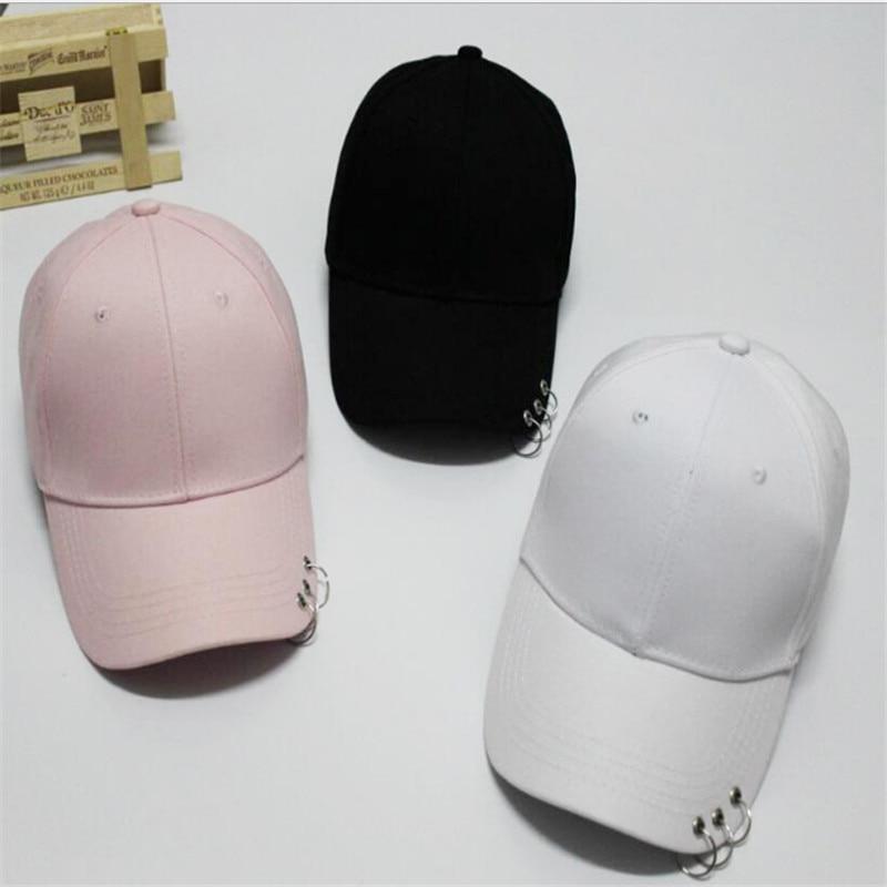 Nueva moda sólido SnapBack gorras de béisbol para las mujeres hombres  anillo de hierro hip hop Vogue algodón sombreros ajustable bone casual sol  CAPS 297b5074869
