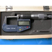 New 7 key 0 25mm 0.001mm Electronic Digital Micrometer