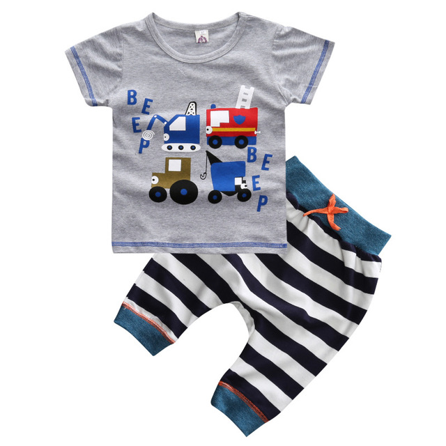 Лето Мальчики Одежда 2016 Новый Baby Boy Одежда Набор Шаблон АВТОМОБИЛЕЙ Малышей Мальчики Одежда полосатый Детская Одежда Детская Одежда Набор