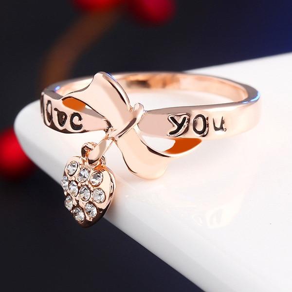 Sweet Gift Crystal Heart Pendant Bride Couple Rings For Women