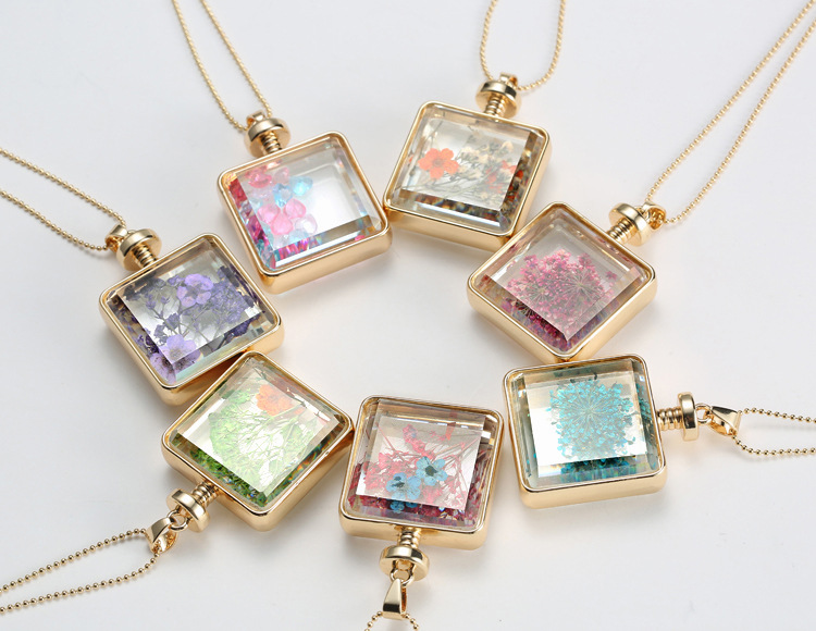 Relatively Specimen Dried Flowers Plant Square Necklace Glass Gold Color  JN26