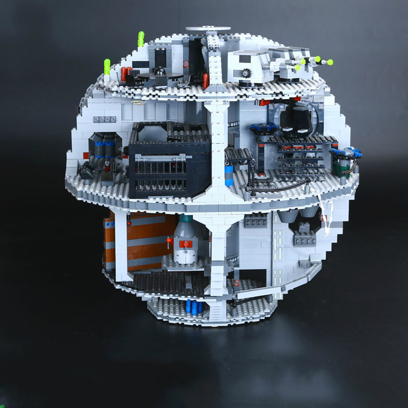05035 3804pcs Death Star Set Model Building Blocks Bricks Educational Toys Kits Compatible with Stars Legoe Wars 10188 Lepine 2017 new 3803pcs star wars death star model building kits figures blocks bricks educational children toy gift compatible 10188