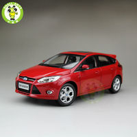 1:18 Ford New Focus Diecast car model for collection gifts hobby Red