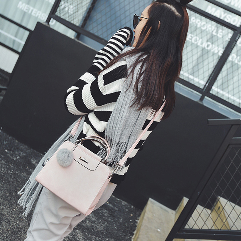 A new round of explosive sales in 2019, good quality and low price, crazy purchases, handbags red ordinary 30