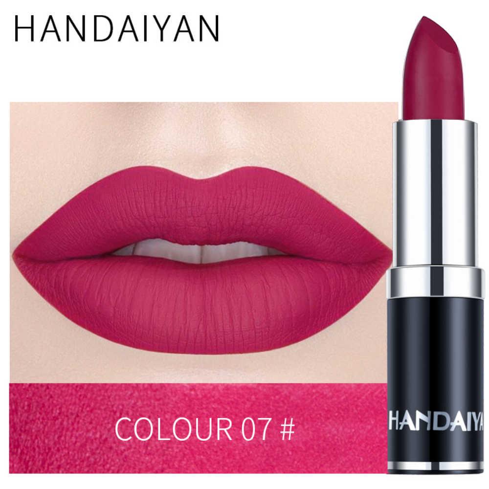 HANDAIYAN מט שפתון עמיד למים קטיפה שפות לחות קל ללבוש איפור עירום שפתיים מקלות גלוס שפתונים קוסמטי TSLM2