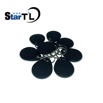 Darmowa wysyłka 100 sztuk kart identyfikacyjnych RFID 125 Khz takich atrakcji jak klucz piloty łańcucha Token pilot keytag łańcuch czarny kolor tanie i dobre opinie stteypco Access Control keyfobs 125KHz 0~10cm