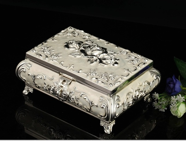 Small Size Silver Metal Jewelry Box Jewelry Cases Display Ring