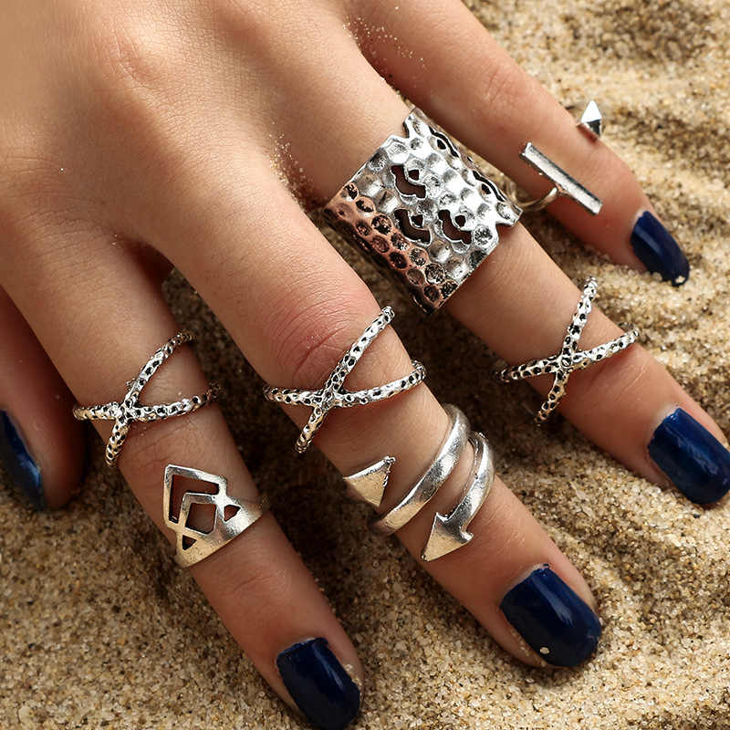 Midi Finger Ring Set for Women Vintage Boho Elephant Fish Tail Knuckle Rings Green Stone Punk Party Jewelry Gift