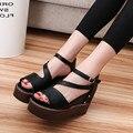 Бесплатная доставка 2016 летом новые сандалии женщин Европейский Стиль Сплошной Черный Белый Толщиной Подошве сандалии Женщин HSD02