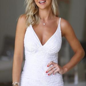 Image 2 - Bianco Con Paillettes vestido fessura Breve Abiti Da Cocktail Festa di Laurea Sexy Delle Donne Prom Abito Semi Formal Dress