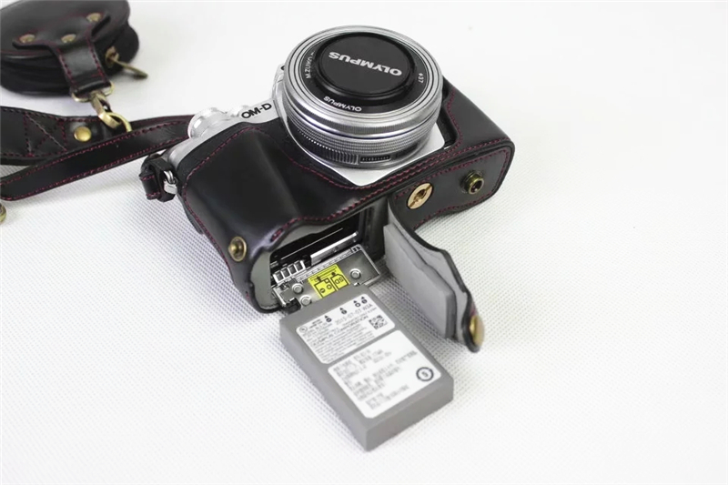 New Luxury PU Leather Video <font><b>camera</b></font> case bag for <font><b>Olympus</b></font> EM10III E-M10III 14-42MM Motorized With Strap Open <font><b>battery</b></font> 3 Color