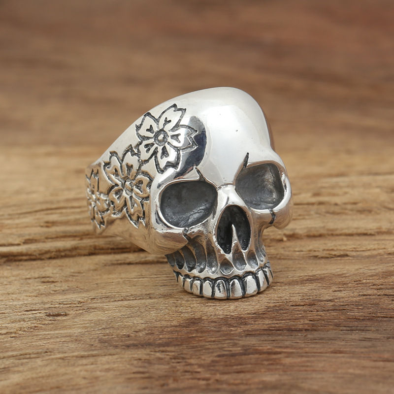 Factory wholesale sterling silver jewelry handmade Vintage Silver S925 Mens personality ring Sakura Skull Ring wholesale silver jewelry manufacturers s925 mens fashion silver silver bracelet handmade coarse twist 7m