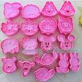 1 conjunto/2 pcs dos desenhos animados mickey coelho winnie etc forma biscoito cortadores de biscoito fondant de chocolate diy molde cortador de êmbolo moldes de cozimento