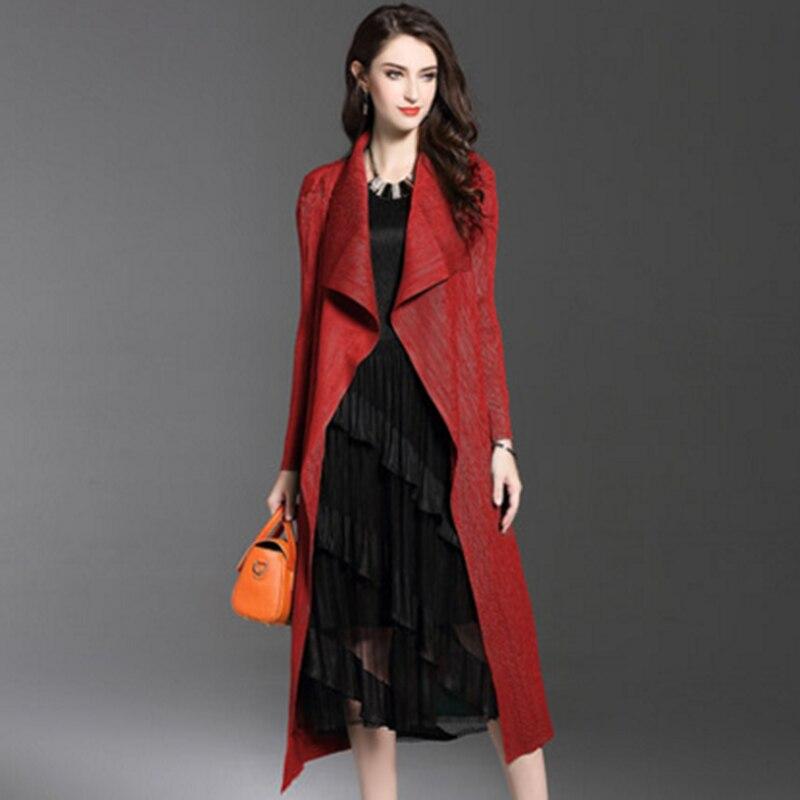 Special Pleats Spring New Women Long Pleated Windbreaker Cape Large Size Open Stitch Elegant Outwear For Women Black Green Red