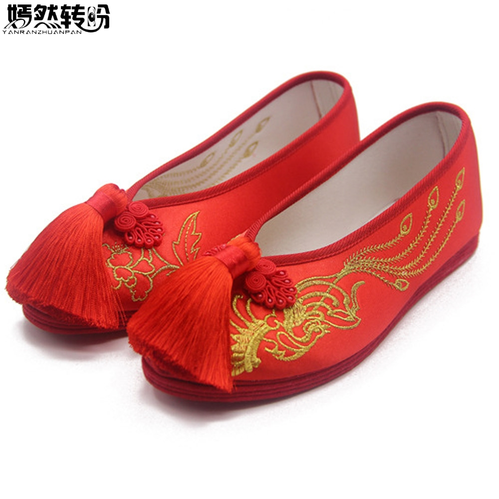 Vintage Women Flats Bride Red Shoes Chinese Wedding Satin Embroidered Tassel National Breathable Dance Single Ballet Shoes Woman 2018 bride red wedding shoes old beijing national wind embroidered cloth shoes chinese retro tassels show shoes