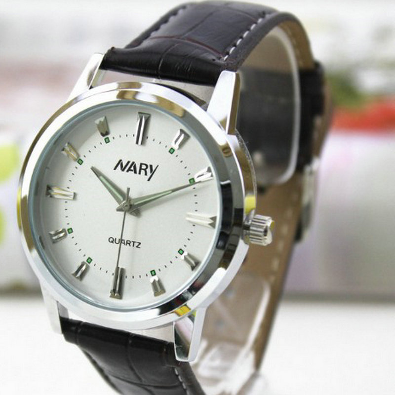 ФОТО The new trend of fashion business casual white-collar students with simple features Watch