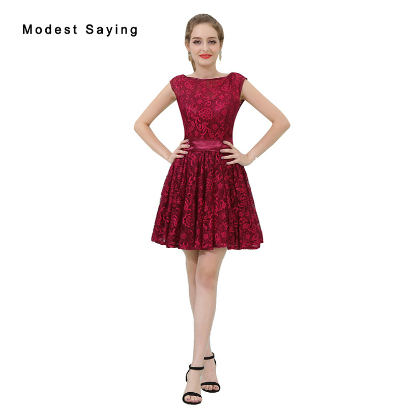Elegant Dark Red A-Line Short Lace Homecoming Dresses 2017 Formal Size 18 V Back Mini 8th grade Graduation Gown with Bow B052