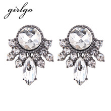 Girlgo Luxury Wedding Fashion Women Geometric Statement Charm Stud Earrings Gifts New Hot Simple Design Trendy