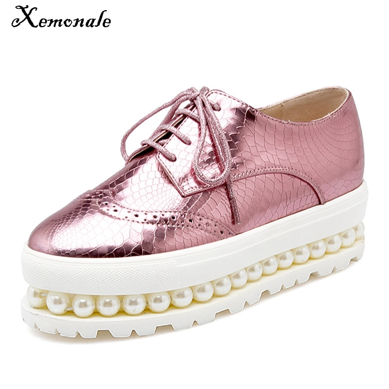 Xemonale Women Oxfords 2016 Patent Leather Creepers Pearls Platform Shoes Woman Hollow Flats Casual Women Shoes Size Plus 34-43 bling patent leather oxfords 2017 wedges gold silver platform shoes woman casual creepers pink high heels high quality hds59