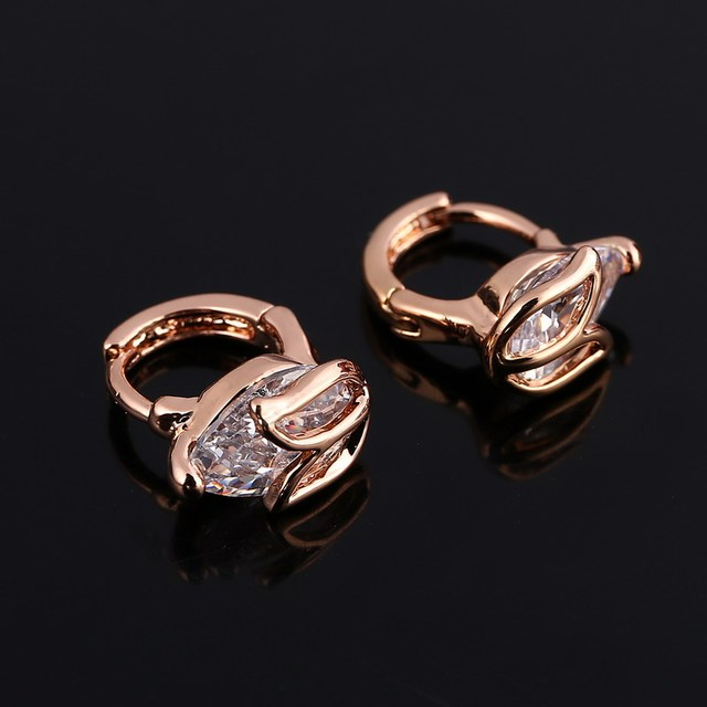 8213bc39c 2018 Unique Flower Shaped Piercing Huggie Hoop Earring for Women Golden  Plated Earing Round Jewelry Wholesale Price