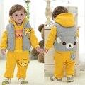 Новорожденный зима младенца мальчиков одежда детская одежда мальчика костюм три пьесы марка новорожденных пуховик с капюшоном желтый медведь комплект одежды