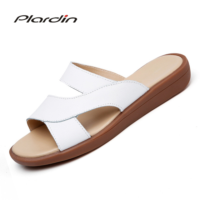 ec502805804 Plardin 2018 Bohemia Summer Casual Women s Flat Platform Sandals Wedges  Beach genuine leather Sandals Shoes Woman Flip flops