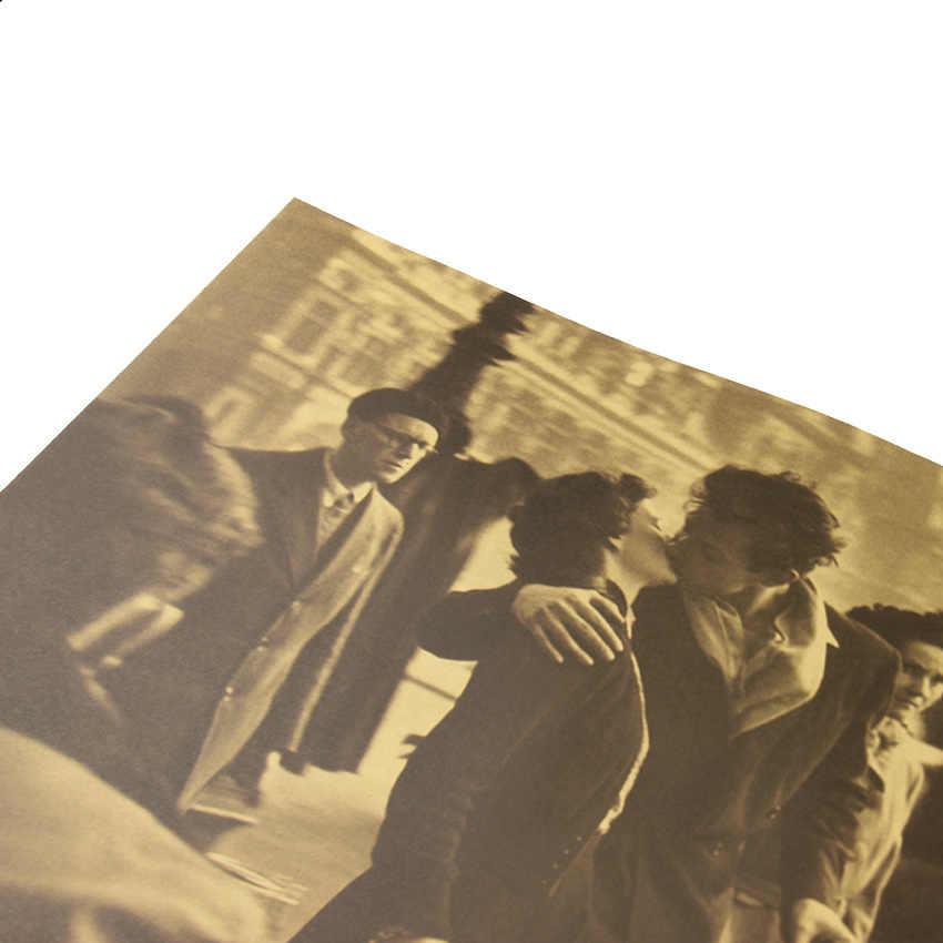 Il Bacio di fronte alla Città Sala Retro Poster Decorativo per La Casa di Carta Kraft Movie Poster Disegno Autoadesivo Della Parete 51.5X36 centimetri