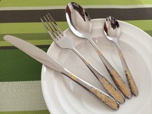 24pcs Stainless Steel Flatware Sets Gold Plated Cutlery Set Dinner Set Tableware Silverware Dinner Fork Spoon Knife