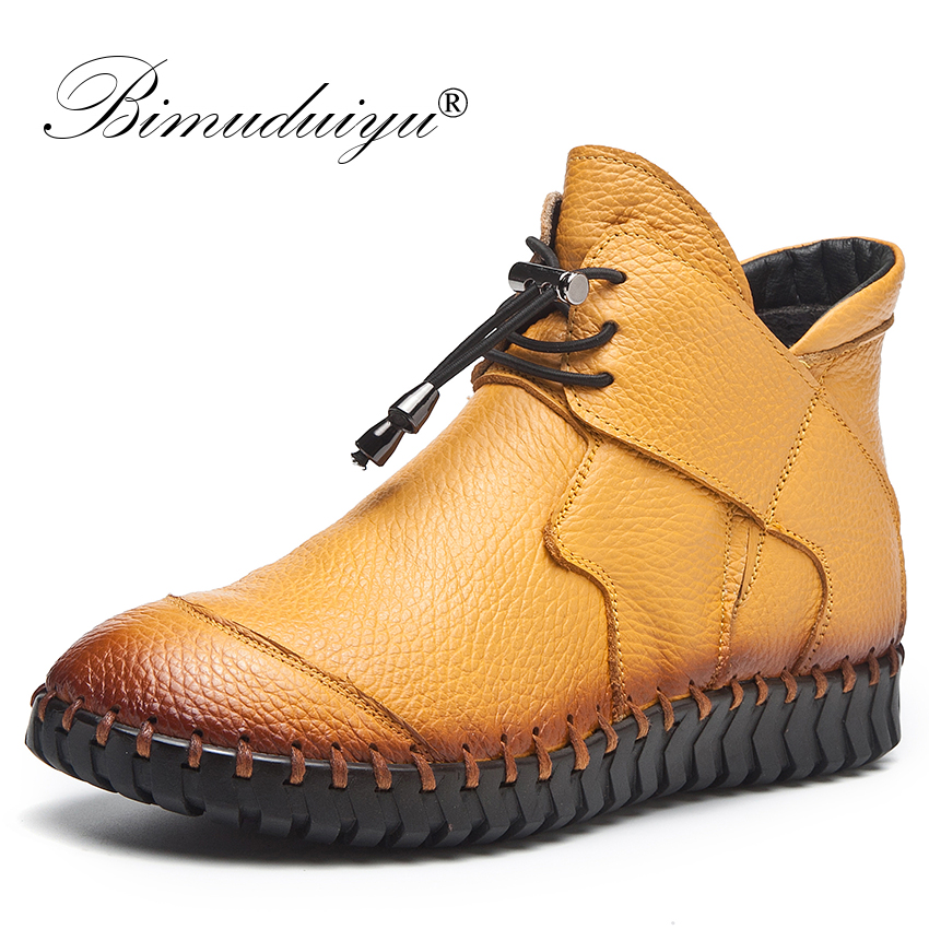 купить BIMUDUIYUBrand Genuine Leather Ankle Boots Autumn Winter Retro Handmade Women Boots Lace Up Snow Boots Hot Sale Flat Women Shoes по цене 2578.47 рублей