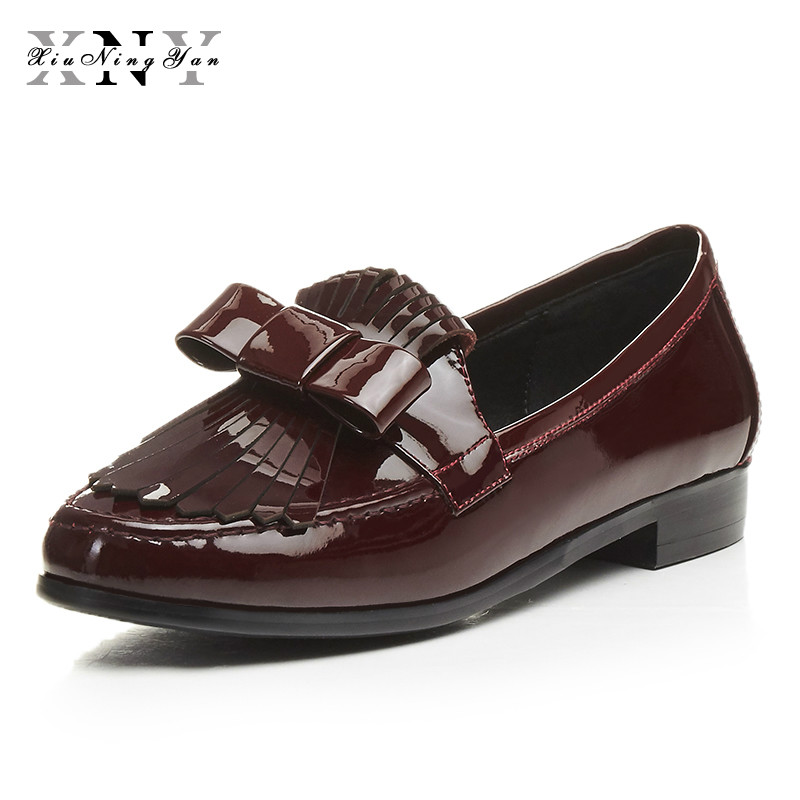 XIUNINGYAN Loafers Genuine Leather Casual Bow Flats Bottom Women Shoes Slip on Red Black Vintage Oxford Shoes for Woman Size 43 lovexss casual oxford shoes fashion metal decoration shallow shoes black purple genuine leather flats woman casual oxford shoes