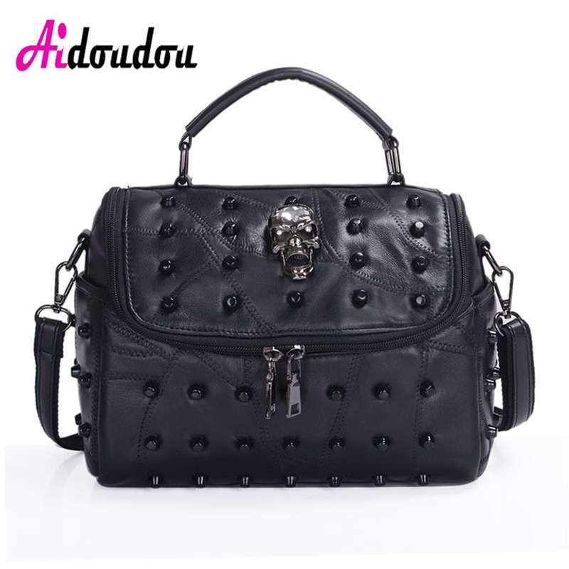 Detail Feedback Questions about AIDOUDOU 2017 High Quality Sheepskin+PU  Leather Crossbody Bag Women Fashion Messenger Bags Small Black Rivet skull  Shoulder ... 8659901b166e