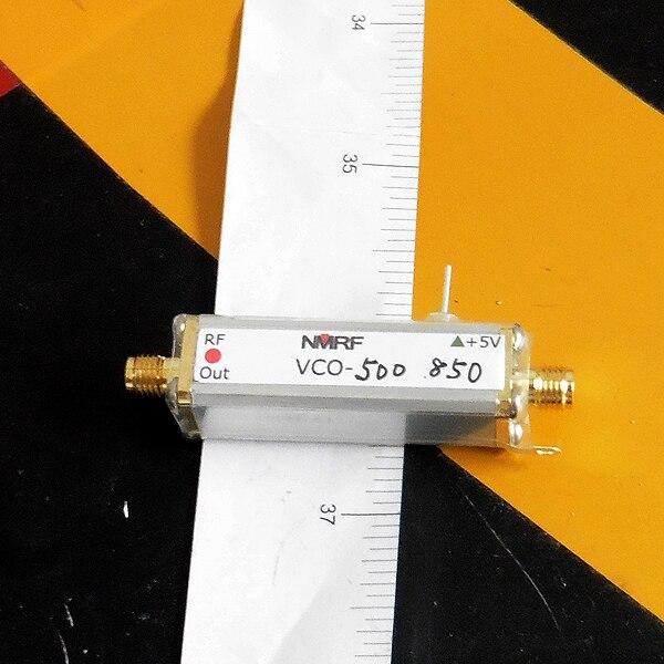 500 ~ 850 MHz radio frequency controllato in tensione oscillatore, VCO, frequenza di scansione sorgente del segnale, generatore di segnale500 ~ 850 MHz radio frequency controllato in tensione oscillatore, VCO, frequenza di scansione sorgente del segnale, generatore di segnale