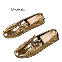 Ovxuan Handmade Loafers Shoes Men Italian Bling Patent Leather Stripe Design Gold Metal Buckle Supple Men Shoes Prom Shoes Men
