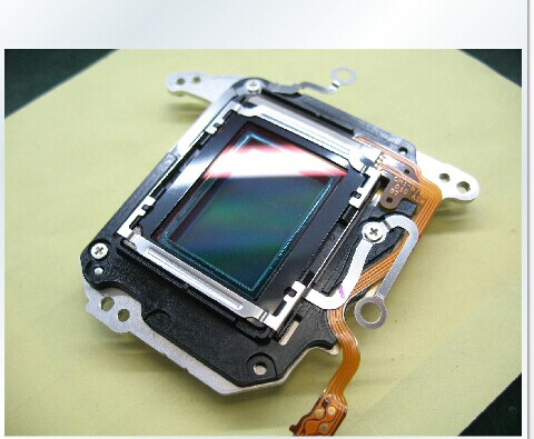FREE SHIPPING ! CCD Image Sensor Repair Part For Canon 600D (Rebel T3i / Kiss X5) SECOND HAND NO SCRATCH