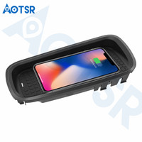 Aotsr Wireless car charger for Lexus CT 2015 2017 Intelligent Infrared Fast Wirless Charging Car for Phone/Sumsang/Nokia