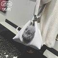 Japão & Triangular Coréia Moda 2017 Novo Inverno Pu Couro Bolsas de Deformação Bola de Cabelo Enfeites Shoulder Crossbody Bags hot