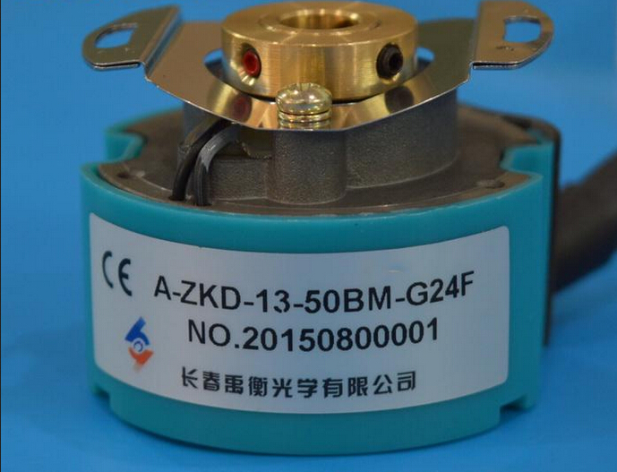 все цены на new original encoder Changchun Yuheng servo straight holes photoelectric rotary encoder A-ZKD-13-50BM-G24F