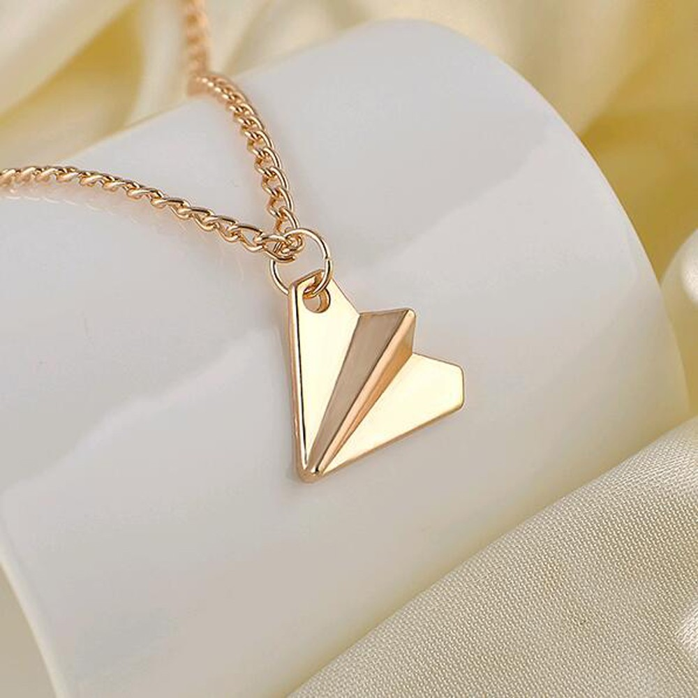 en apple band or watch necklace lightbox charm bucardo produit collier dore usa arrow gold side